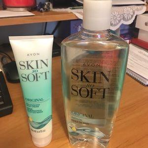 Avon Skin So Soft Set